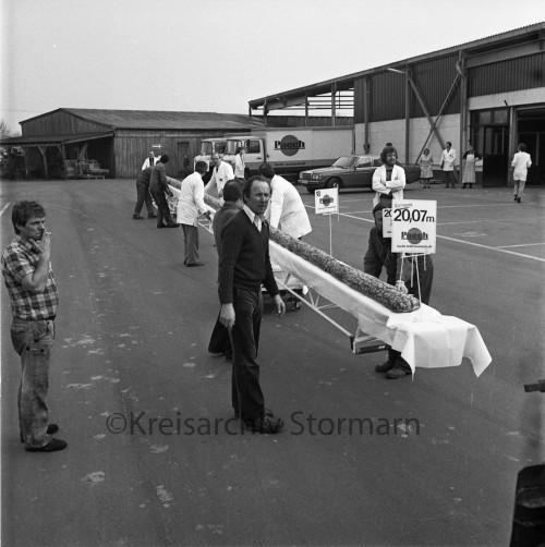 Längstes Roggenmischbrot der Welt für Eintrag ins Guiness-Buch, 1981
