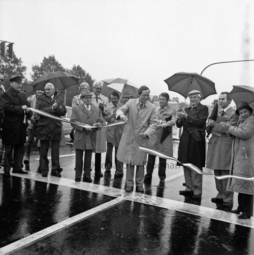 Freigabe der Kreisstraße 80 in Glinde, 1983