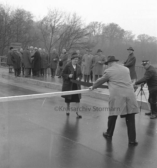Einweihung der Landstraße zwischen Schönningstedt und Wohltorf, 1962