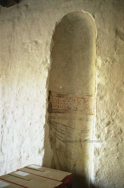 Bemalte Wandnische in der Eingangshalle mit original erhaltenen Putzresten aus der Bauzeit, 2007