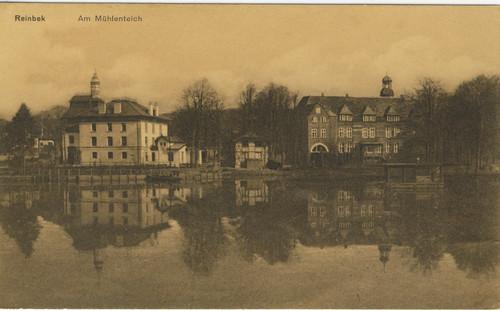 Schloss Reinbek und linkgs davon Elektrizitätswerk am Mühlenteich, Postkarte o. J.