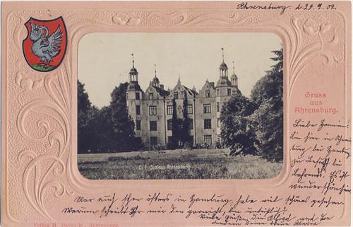 Südfassade des Herrenhauses auf einer Postkarte, 1902