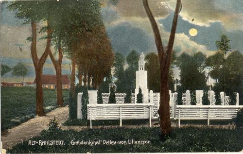 Postkarte des Grabmals auf dem Friedhof Rahlstedt, 1918
